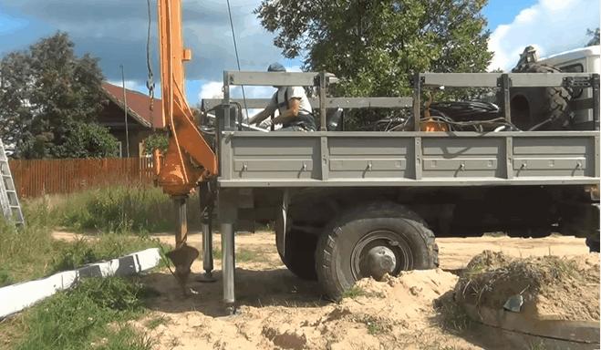 Аренда ямобура БКМ-317 в СПб и ЛО
